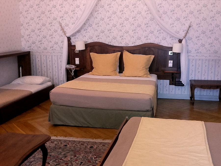 24 chambres avec équipements modernes : wifi gratuit climatisation ...
